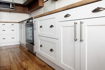 Builders in London Kitchen Cabinets and Wardrobes